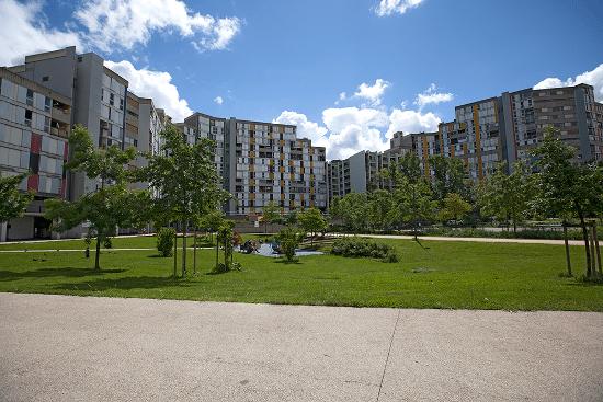 Quartier de la Villeneuve à Grenoble. DR