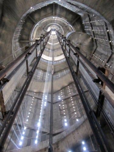 L'intérieur de la tour sera restauré dans un second temps. (c) S. Moriset