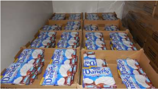 Les dons des industriels, comme ici Danone qui a offert 12 tonnes de crème dessert à la BAI en septembre dernier ne suffisent pas. C: BAI