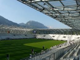 Conçu pour recevoir des matchs de ligue 1, le stade des Alpes est sous utilisé.
