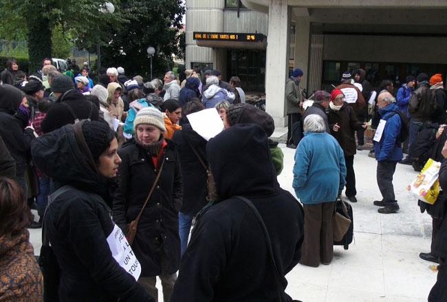 Hébergement d'urgence : à quelques semaines de l'hiver la pression monte à Grenoble pour les associations