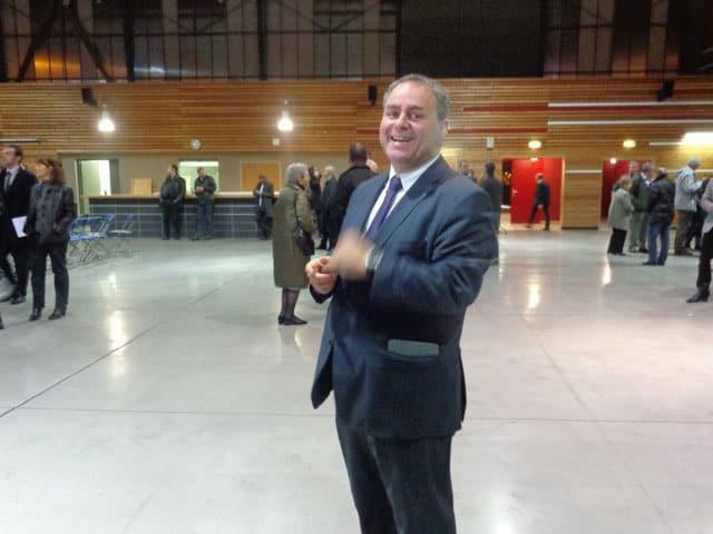 Xavier Bertrand à Échirolles pour soutenir Magalie Vicente et sa liste UMP UDI et société civile face à Renzo Sulli pour les municipales 2014 dans l'agglomération de Grenoble
