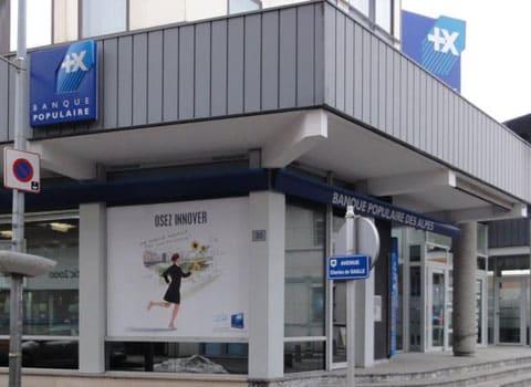 Agence de la Banque Populaire des Alpes actions Natixis DR
