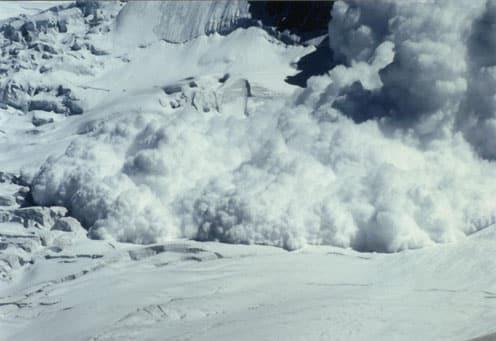 Selon l'association ANENA 32 personnes ont trouvé la mort dans des accidents d'avalanche entre le 2 janvier et le 24 décembre 2013.