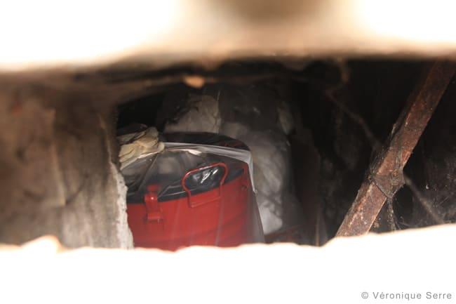 Poubelle emballée nucléaire Institut Dolomieu déchets radioactifs sous la Bastille à Grenoble