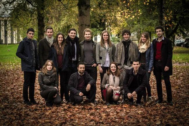 élus étudiants de Sciences Po Grenoble institut d'études politiques IEP prenant part au vote en conseil d'administration concernant l'augmentation des frais d'inscription
