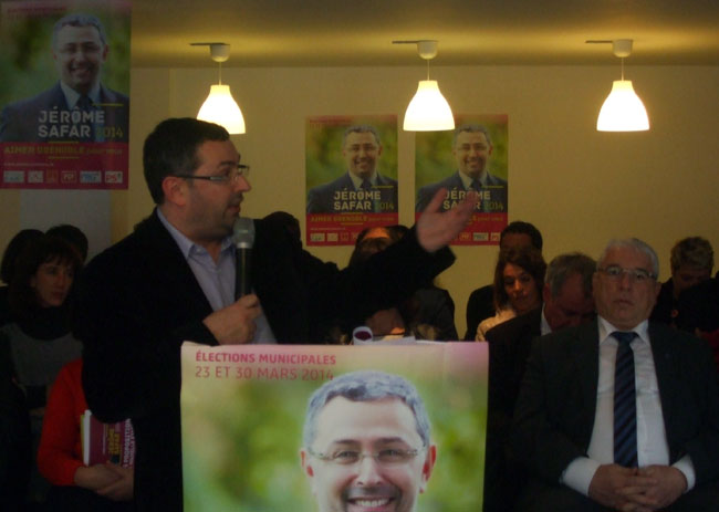 Présentation du programme Aimer Grenoble pour vous par Jérôme Safar dans son local de campagne 15 février 2014 municipales