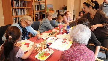 Activités avec des résidents d'une maison de retraite à Grenoble