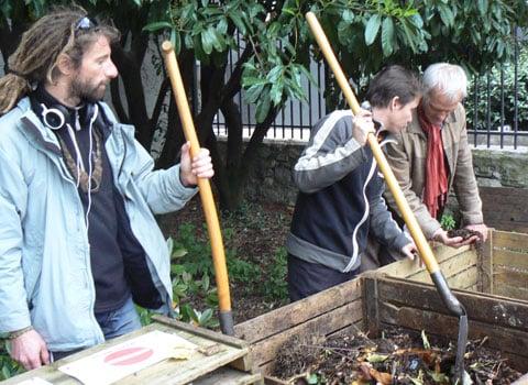 Explication sur le compostage. © Etienne Chaudagne - placegrenet.fr