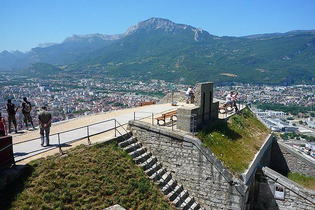 Vue depuis le Fort de la Bastille. CC Milky - Wikipédia