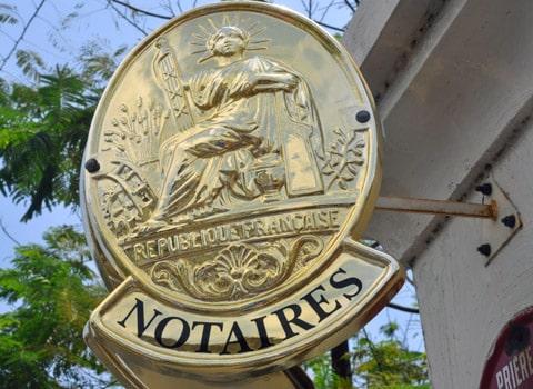 Plaque d'un office notarial - Notaires de France Réforme des professions réglementées