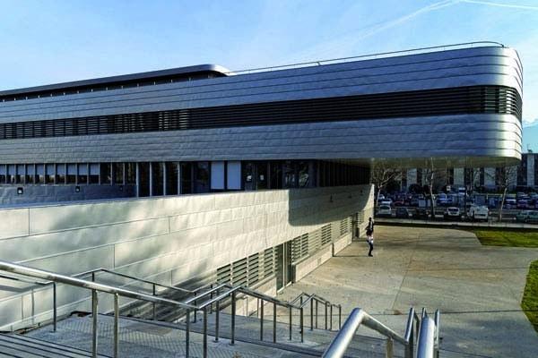 Bâtiment de l'Institut des métiers et des techniques (IMT). © CCI de l'Isère
