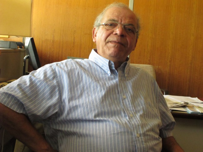 À 70 ans, Sadok Bouzaïene compte bien poursuivre son investissement dans la vie militante et associative © Séverine Cattiaux - Place Gre'net