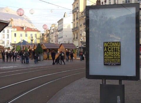 Panneau JCDecaux à Grenoble - fin de la publicité et de l'affichage publicitaire © Joël Kermabon - placegrenet.fr