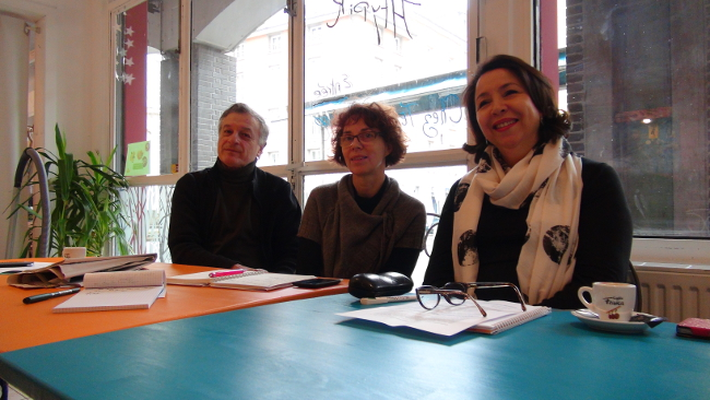 De gauche à droite : Paul Bron, Sylvie Barnezet, Bahija Ferhat