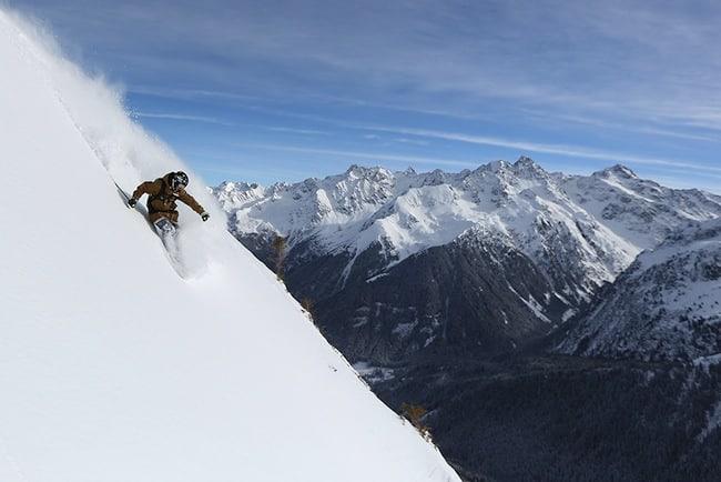 Rando, hors-piste… Les risques d'avalanches ne doivent pas être minimisés, même par risque 3. Crédit Nils Louna