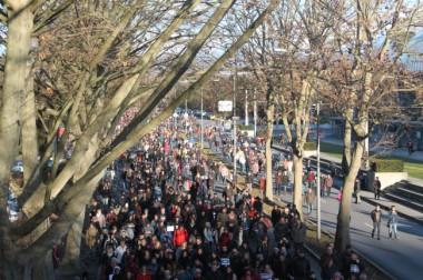 Nous sommes Charlie marche républicaine à Grenoble © Maïlys Medjadj – placegrenet.fr