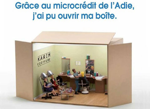 Affiche de l'Adie : Grâce au microcrédit de l'Adie j'ai pu ouvrir ma boîte