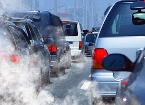 Les Insoumis promettent l'interdiction de la vente des véhicules diesel d'ici 2025. DR