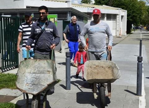 Action brouettes des locataires du bailleur social Actis Teisseire © Alliance Citoyenne Teisseire