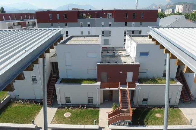 Logements sociaux neufs - Le renouveau, quartier Mistral © Claude Cieutat