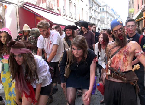 Zombie walk de Grenoble juin 2015 © Véronique Magnin