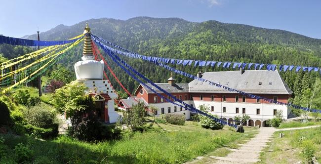 Institut Karma Ling
