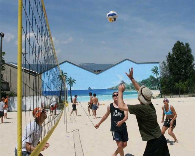 L'AD2S propose une douzaine de sports de sable, des plus insolites aux plus conventionnels. © AD2S