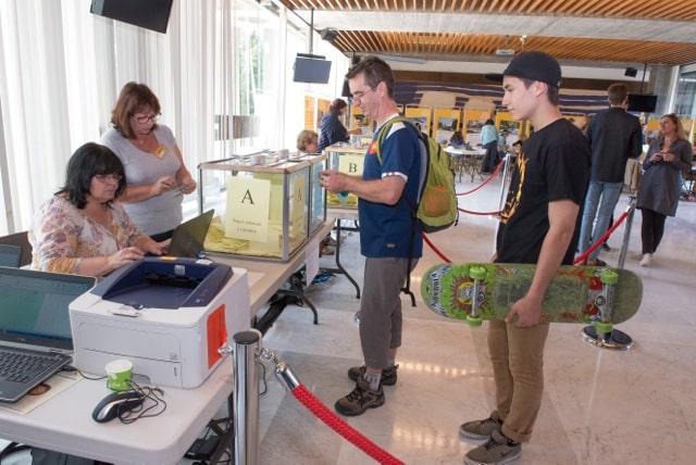 Près de 1.000 Grenoblois ont voté pour élire les 9 projets du budget participatif. © Ville de Grenoble