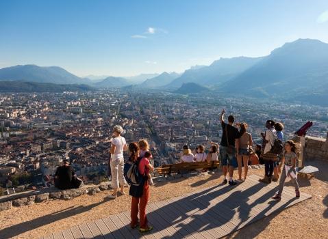 Fr quentation touristique la m tropole grenobloise tire son pingle du jeu place gre 39 net - Office du tourisme grenoble ...