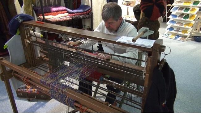 Un artisan tisserand. © Joël Kermabon - Place Gre'net
