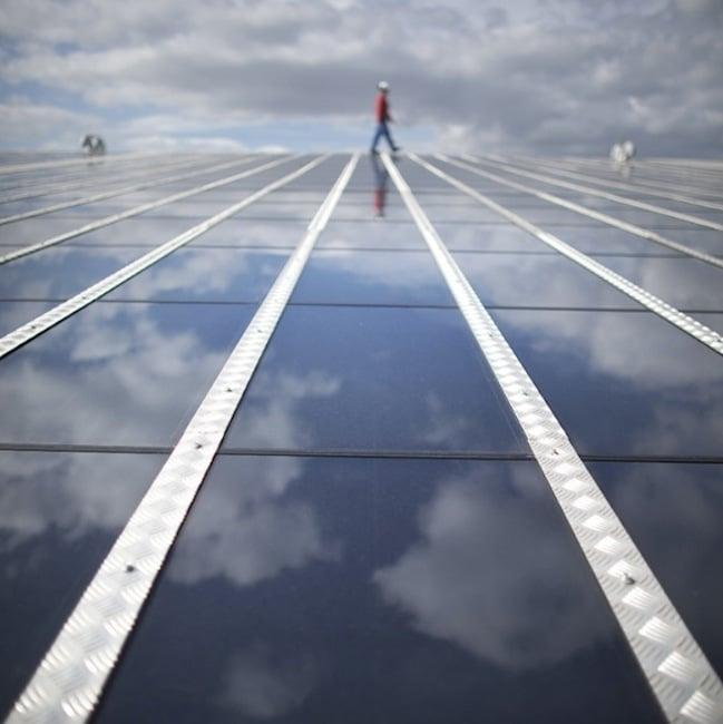 En Isère, des centrales villageoises veulent développer l'énergie solaire en misant sur le photovoltaïque. Grésivaudan, Vercors, Trièves se lancent dans l'investissement citoyen.