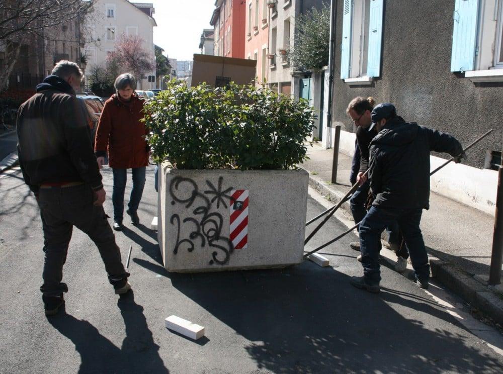Démantèlement jardinière rue du Drac