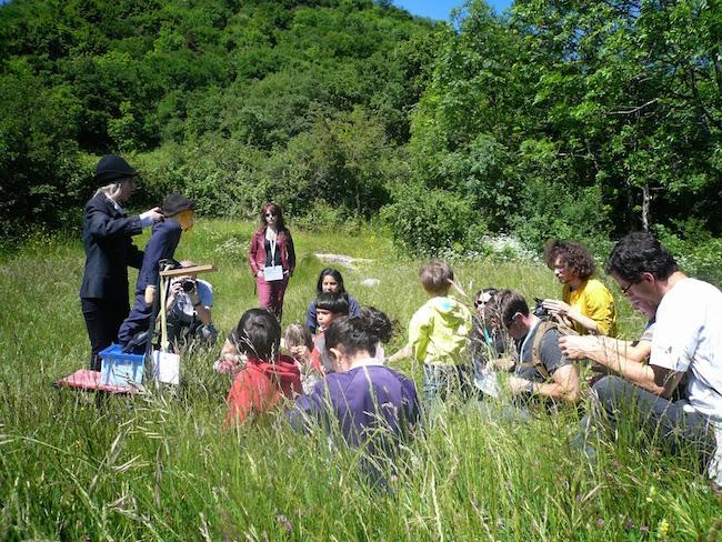 L'association organise aussi des ateliers pratiques pour sensibiliser le public à la nature. © Maison de la Nature et de l'Environnement MNEI