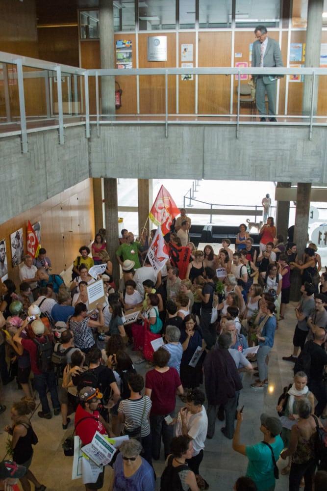 """""""Grand rassemblement contre la politique d'austérité de la mairie de Piolle"""". Grenoble, 11 juillet 2016. © Yuliya Ruzhechka - Place Gre'Net"""