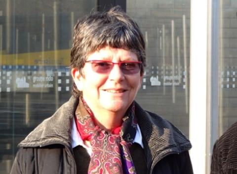 Catherine Brette, présidente EELV du parc naturel régional du Vercors, quitte son fauteuil et dénonce le chantage institutionnel et financier de Laurent Wauquiez. Crédit EELV
