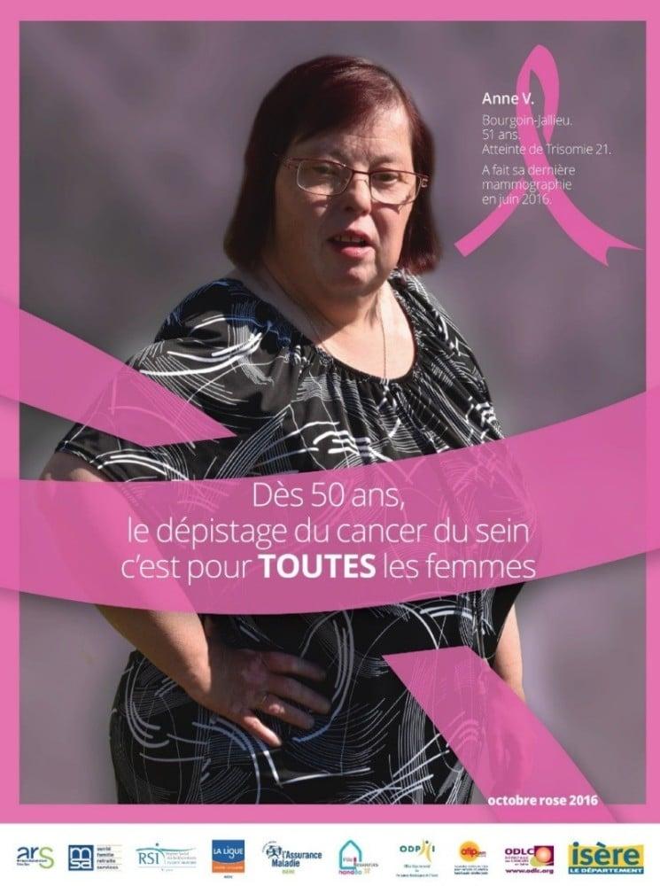 L'affiche Octobre Rose 2016 réalisée par le Département met en avant les femmes atteintes de handicap. DR