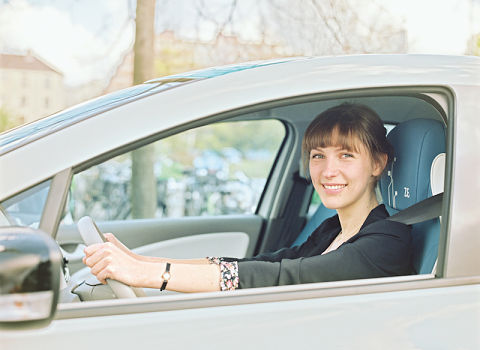 """Le dispositif """"Ma chère auto"""" propose à l'automobiliste de partager sa voiture avec les abonnés du réseau d'autopartage Citélib, contre une rente mensuelle."""
