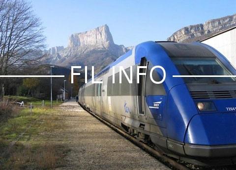 Depuis le 1er janvier, policiers et gendarmes circulent gratuitement sur le réseau TER d'Auvergne Rhône-Alpes. Les plus précaires, eux, paient plus cher.