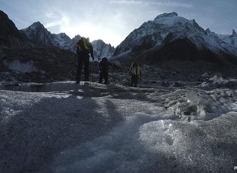 Pour sa 3e édition, les rencontres Montagnes et sciences lèvent le voile sur les chasseurs de cristaux. Chamonix, temple de l'alpinisme et des cristalliers.