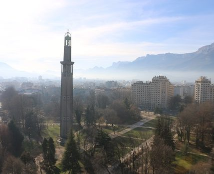Les actions pour lutter contre la pollution de l'air à Grenoble sont jugées en bonne voie mais pas pas toujours suffisantes.