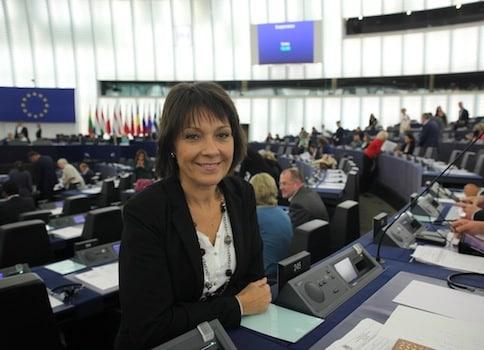 L'encadrement du lobbying à Bruxelles va-t-il être durci ? La députée européenne Sylvie Guillaume, ce soir à Sciences Po, plaide en ce sens.