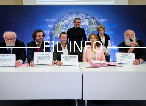 Le parc du Vercors et Grenoble Alpes Métropole ont signé ce 6 décembre, la convention Territoire à énergie positive pour la croissance verte.