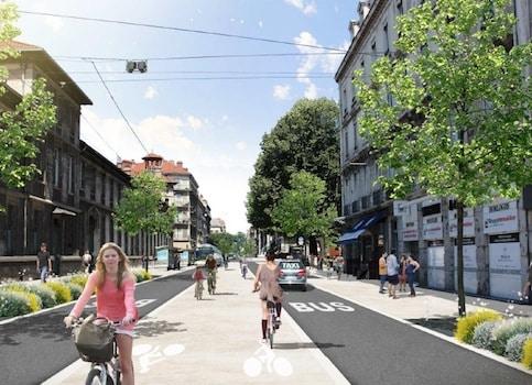 Le projet de fermeture de certains axes du centre-ville de Grenoble aux voitures va être testé pendant six mois. Avant éventuels ajustements...