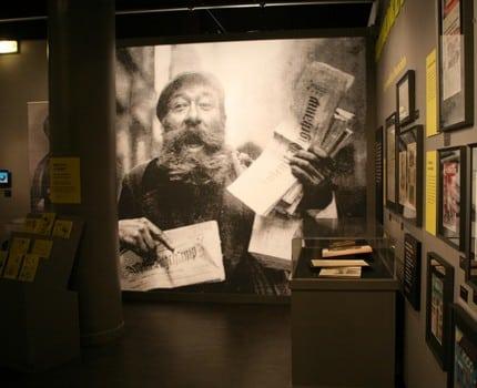 La Bibliothèque d'étude et du patrimoine propose l'exposition Incroyable presse, un parcours au sein de l'histoire de la presse, ses enjeux et sa censure.