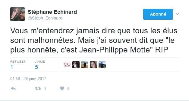 Côté presse, Stéphane Échinard, chef d'agence du Dauphiné Libéré Grenoble, joint sa voix aux hommages.