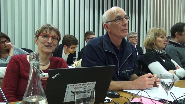 Bernadette Richard-Finot et Guy Tuscher, groupe Ensemble à gauche. © Joël Kermabon - Place Gre'net