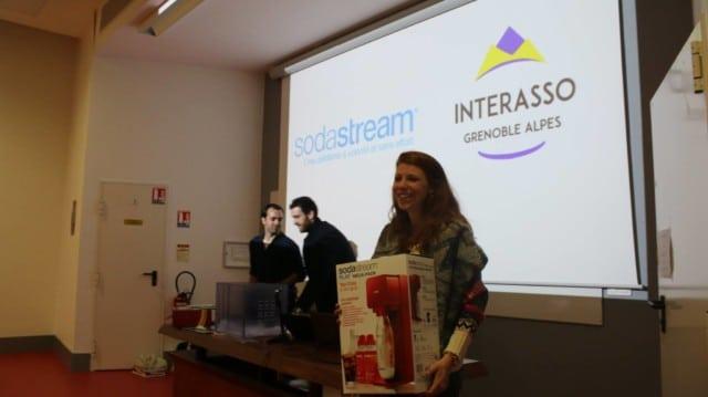 Interasso n'hésite pas à jouer la carte du partenariat, avec par exemple l'entreprise Sodastream © Interasso Grenoble-Alpes