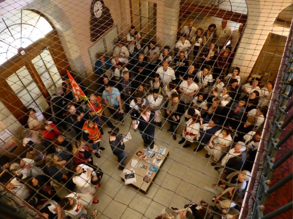Manifestation des salariés le lundi 13 mars au CHS de Saint-Égrève © CGT