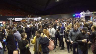 Affluence record pour la première édition du festival de la bière de Grenoble qui a débuté ce 7 avril jusqu'au 8 avril au Palais des Sports. © Joël Kermabon - Place Gre'net